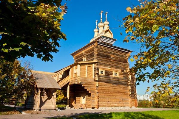 Деревянный храм Святого великомученика Георгия Победоносца