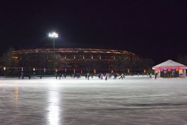 Ледовый Каток в Лужниках