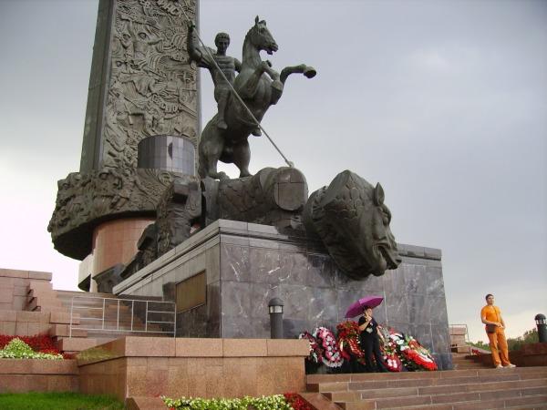 Памятник «Георгий Победоносец» на Поклонной горе