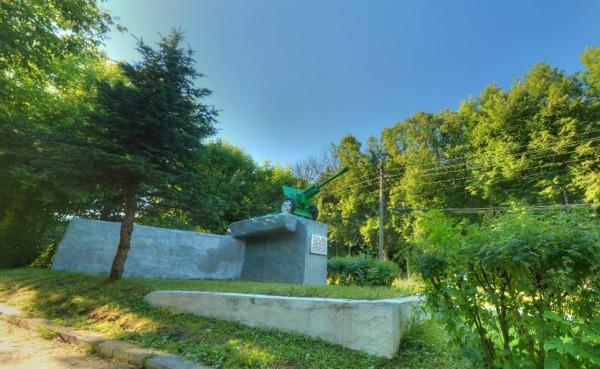 Монумент ВОВ: Зенитное орудие ЗИС-3