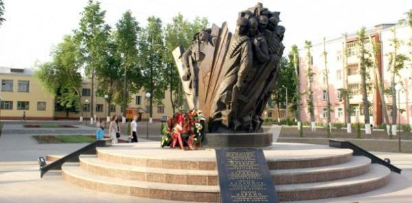 Памятник воскресенцам, погибшим в «горячих точках»