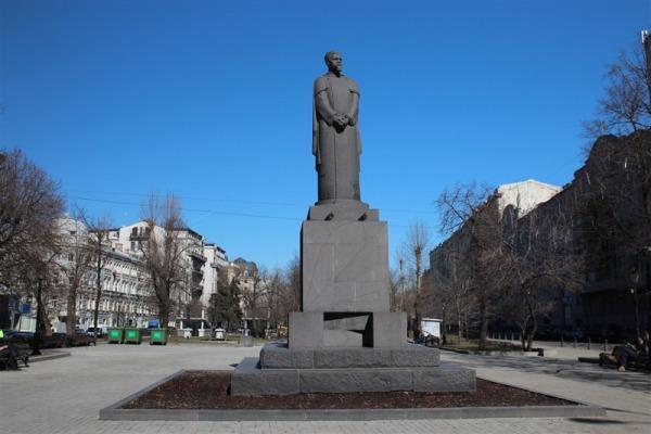 Памятник К.А. Тимирязеву на Тверском бульваре