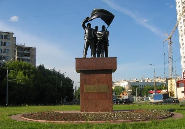 Скульптурная композиция «Победители»