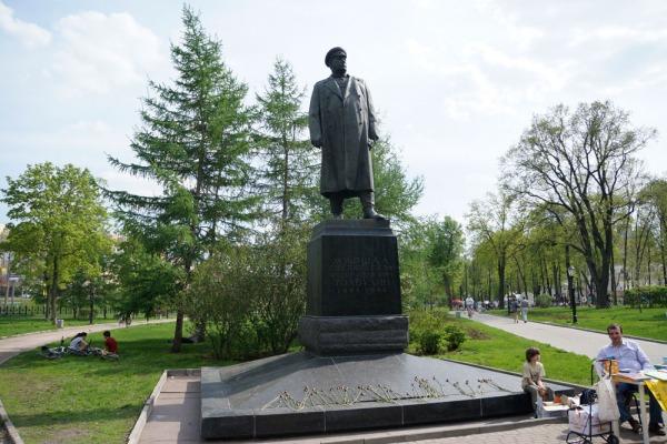 Памятник маршалу Ф.И. Толбухину