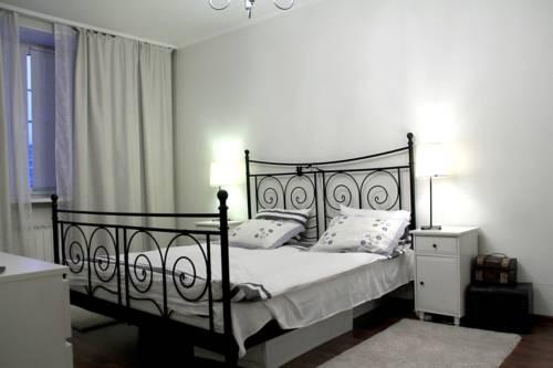 Apartment on Leningradsky 33