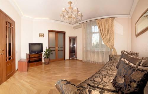 Kutuzovsky 22 -3 Room