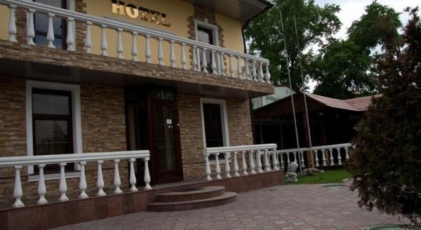Гостиница Ворота