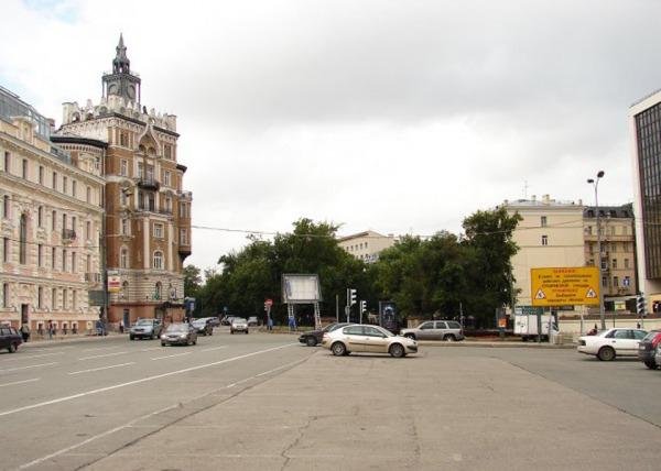 Тургеневская площадь