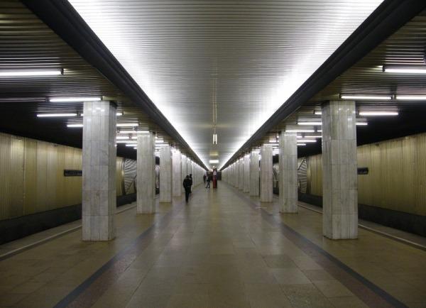 Станция метро «Бульвар Рокоссовского»