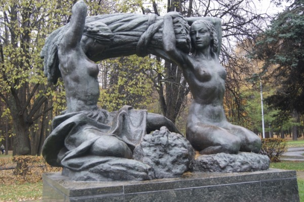 Скульптурная композиция «Хлеб»
