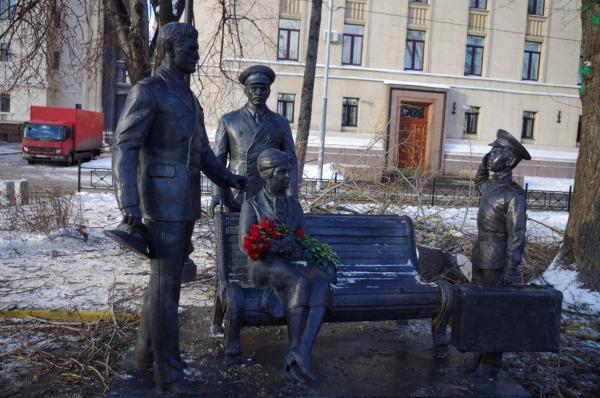 Памятник героям фильма «Офицеры»