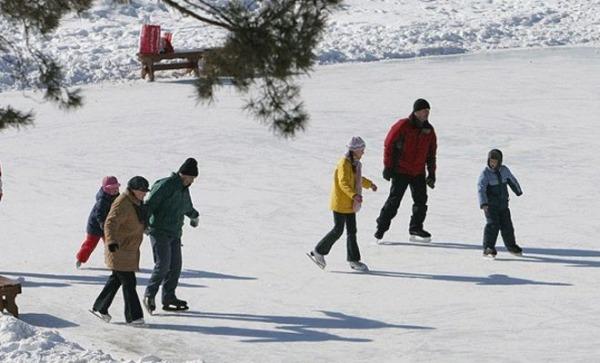 Ледовый Каток Красный Октябрь (спорткомплекс)