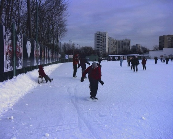 Ледовый Каток «Искра»